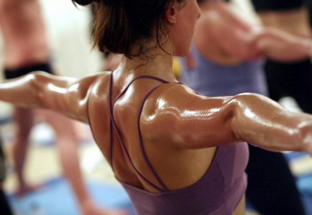 bikram yoga te ayuda a bajar de peso